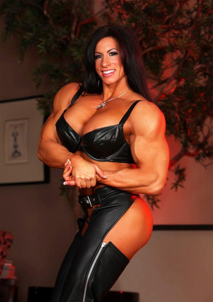 muscle mistress Female